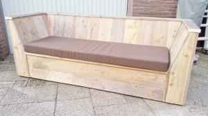 Loungebank schuine armleuningen steigerhout