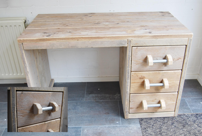 Bureaus gebruikt en nieuw steigerhout lankreijer steigerhout for Steigerhout bureau