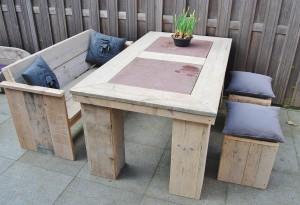 Tafel gebruikt steigerhout blokpoot natuursteen