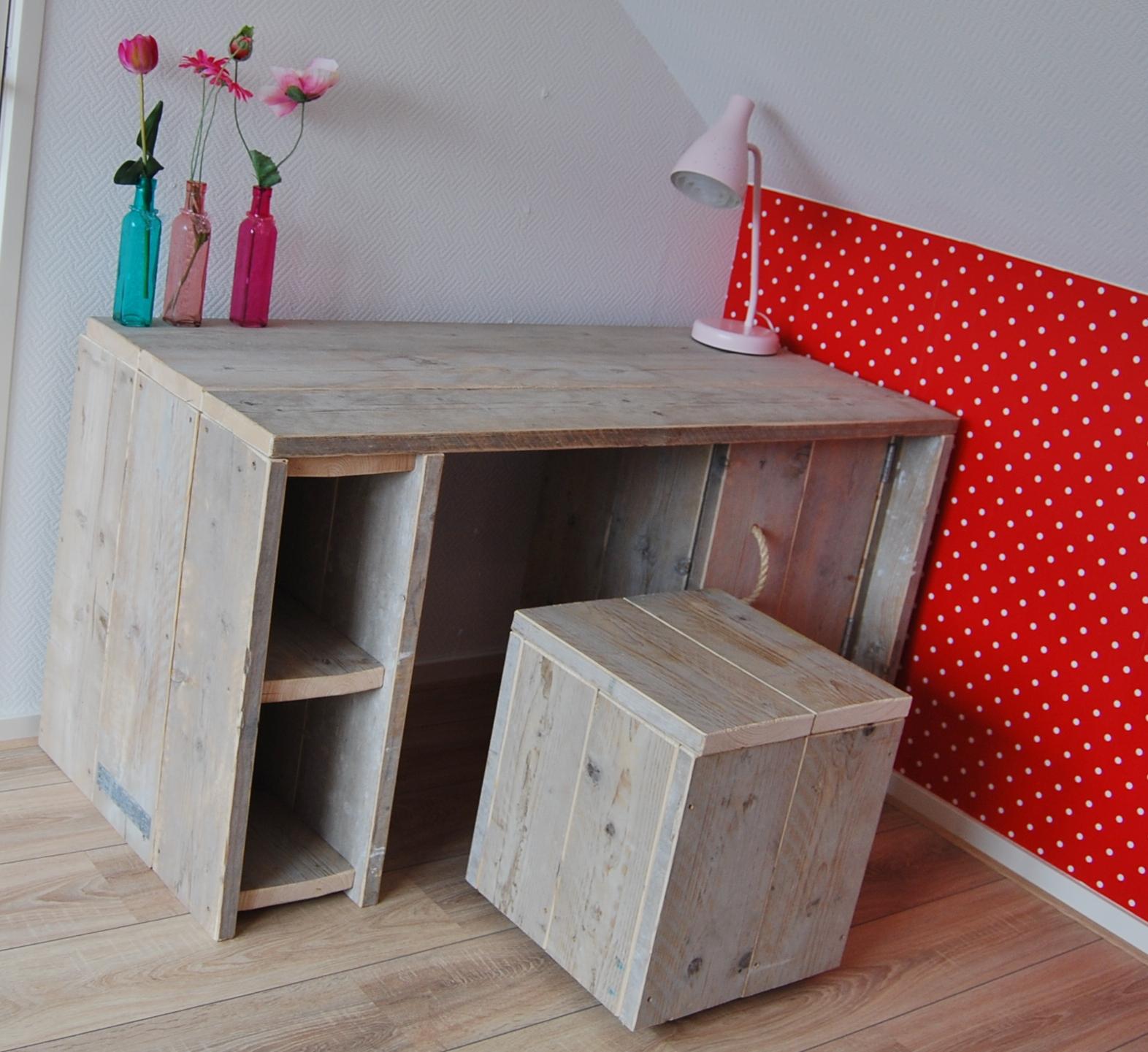 Kinder meubels steigerhout bouw en onderhoudsbedrijf m lankreijer - Bureau kinderen ...