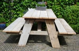 Picknicktafel gebruikt steigerhout