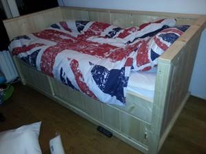 Bed nieuw steigerhout