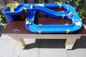 Zandtafel, tafel voor Aquaplay waterbaan steigerhout