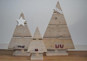 kerstboom steigerhout recht met plankje